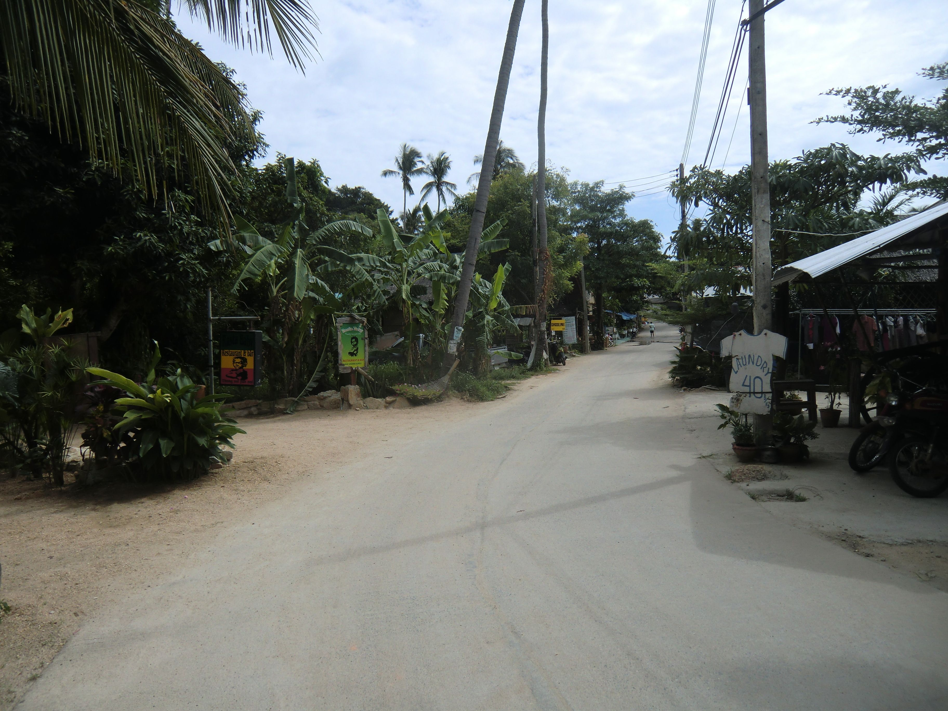 Shoppingmeile in Thong Nai Pan Noi