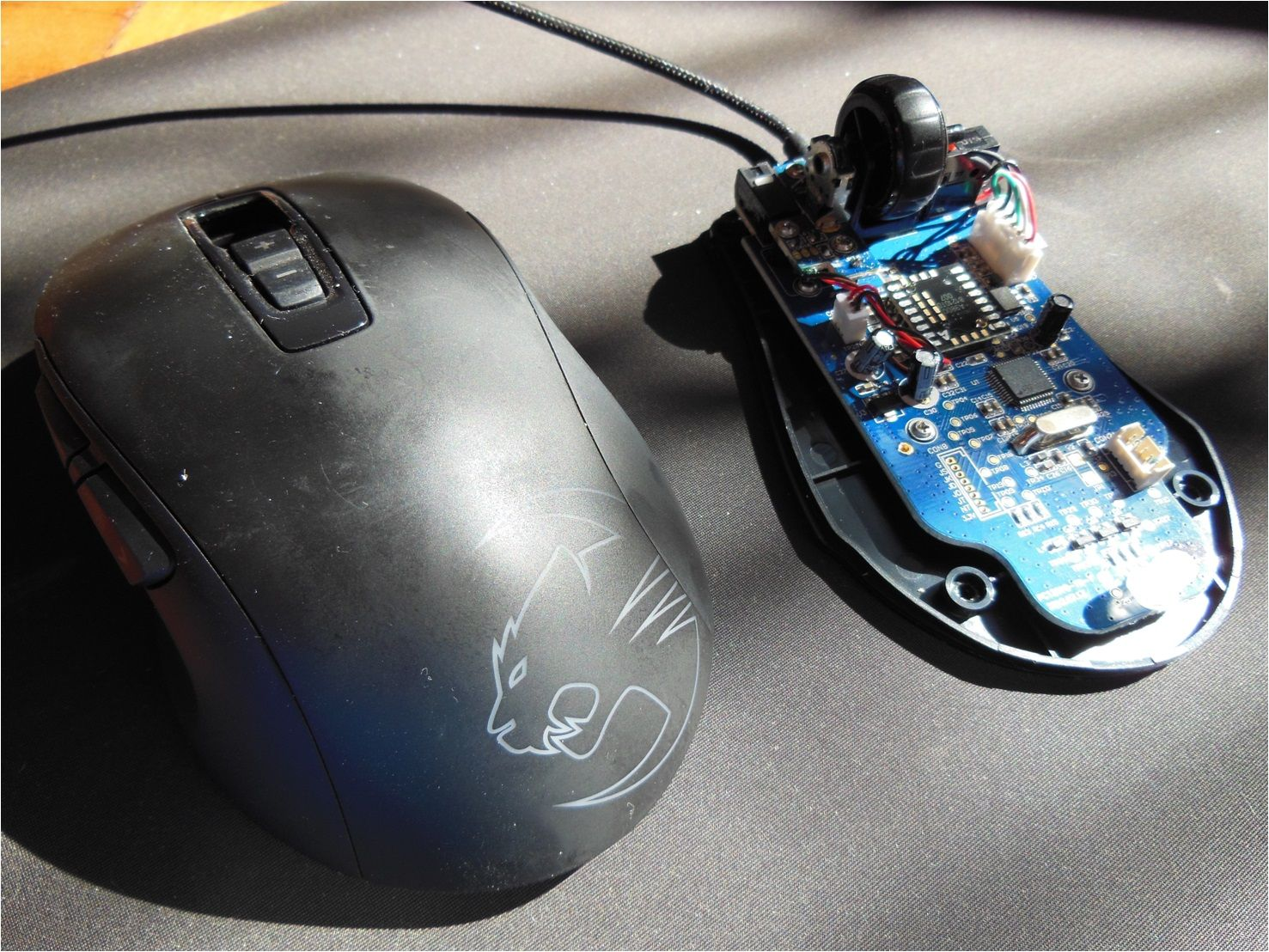 Roccat And Cyborg Product Reliability Optical Mouse Circuit Board Picture Its Some Pretty Nice Internals But There Are Mice Out That Cost Less Have Just About The Same Savu Cm Storm Spawn